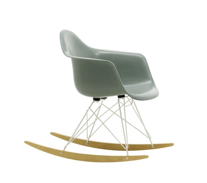 Eames Fiberglass Arm Rocking Chair RAR Schaukelstuhl Vitra