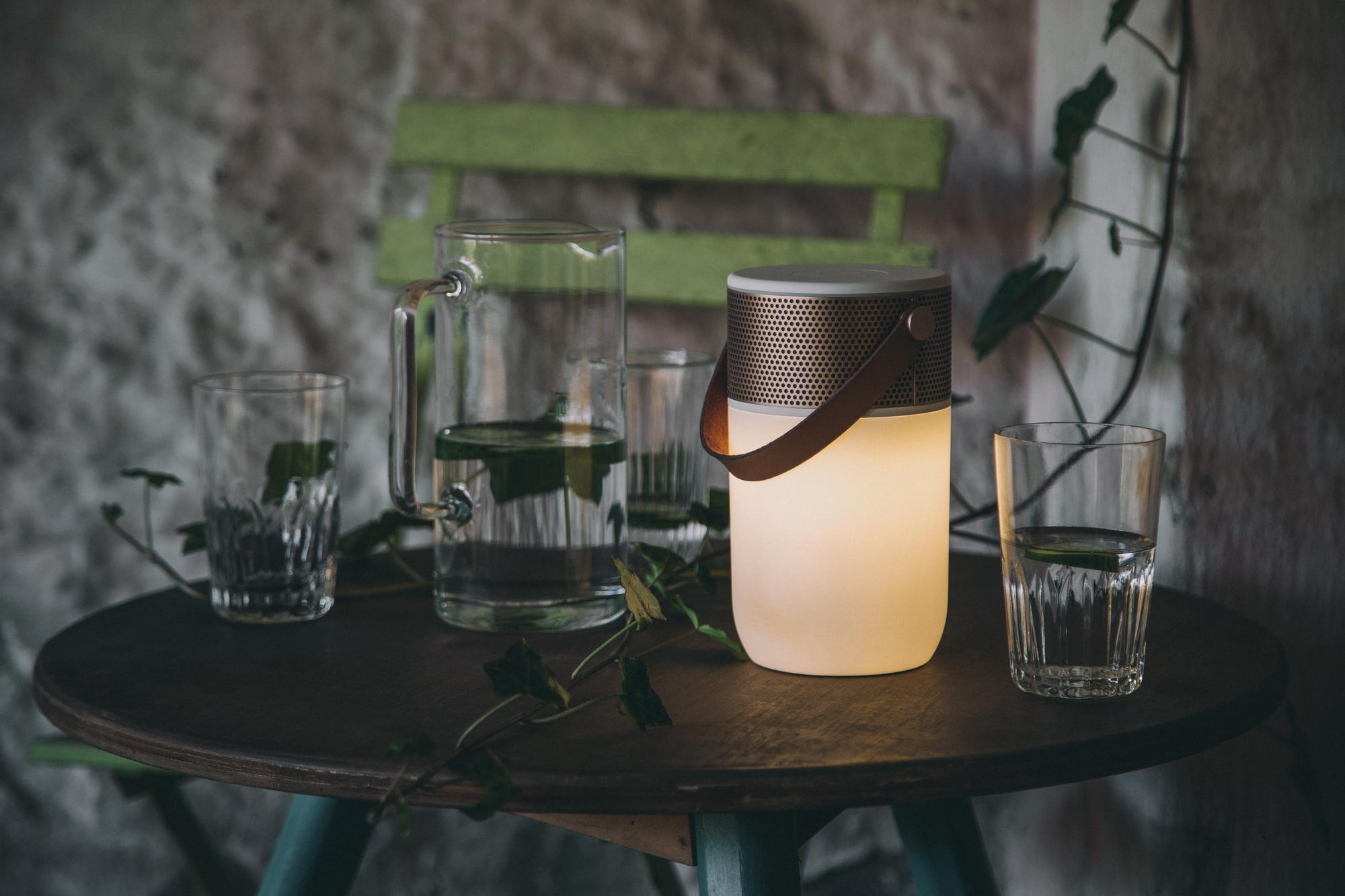 aGLOW Multifunctional Bluetooth LED Lautsprecher Kreafunk