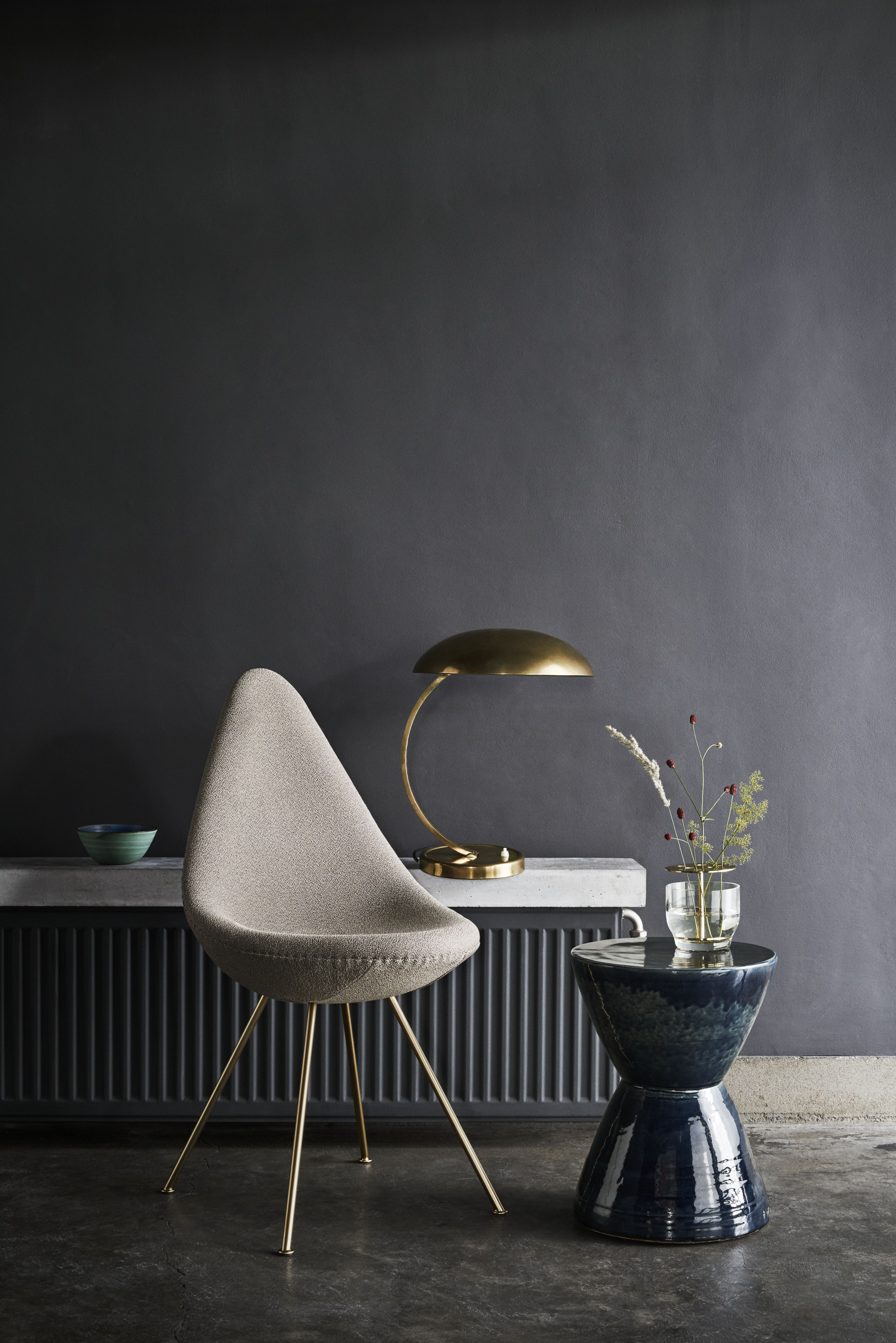 Drop Stuhl Fritz Hansen chrome Nine grey
