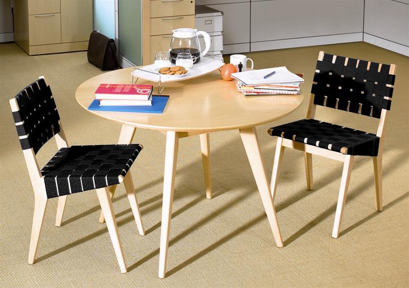 Risom Tisch Knoll International