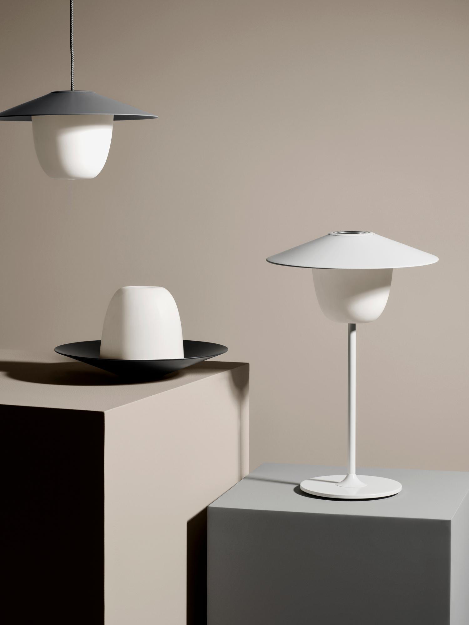 Ani Mobile LED-Lamp Mobile LED-Leuchte Satellite Blomus