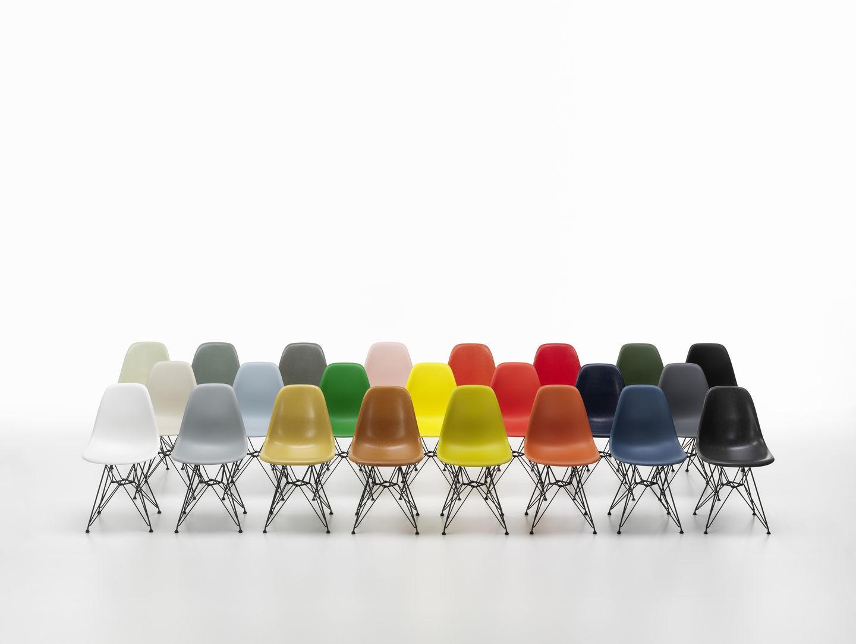 Eames Fiberglass Chair DSR Stuhl Vitra