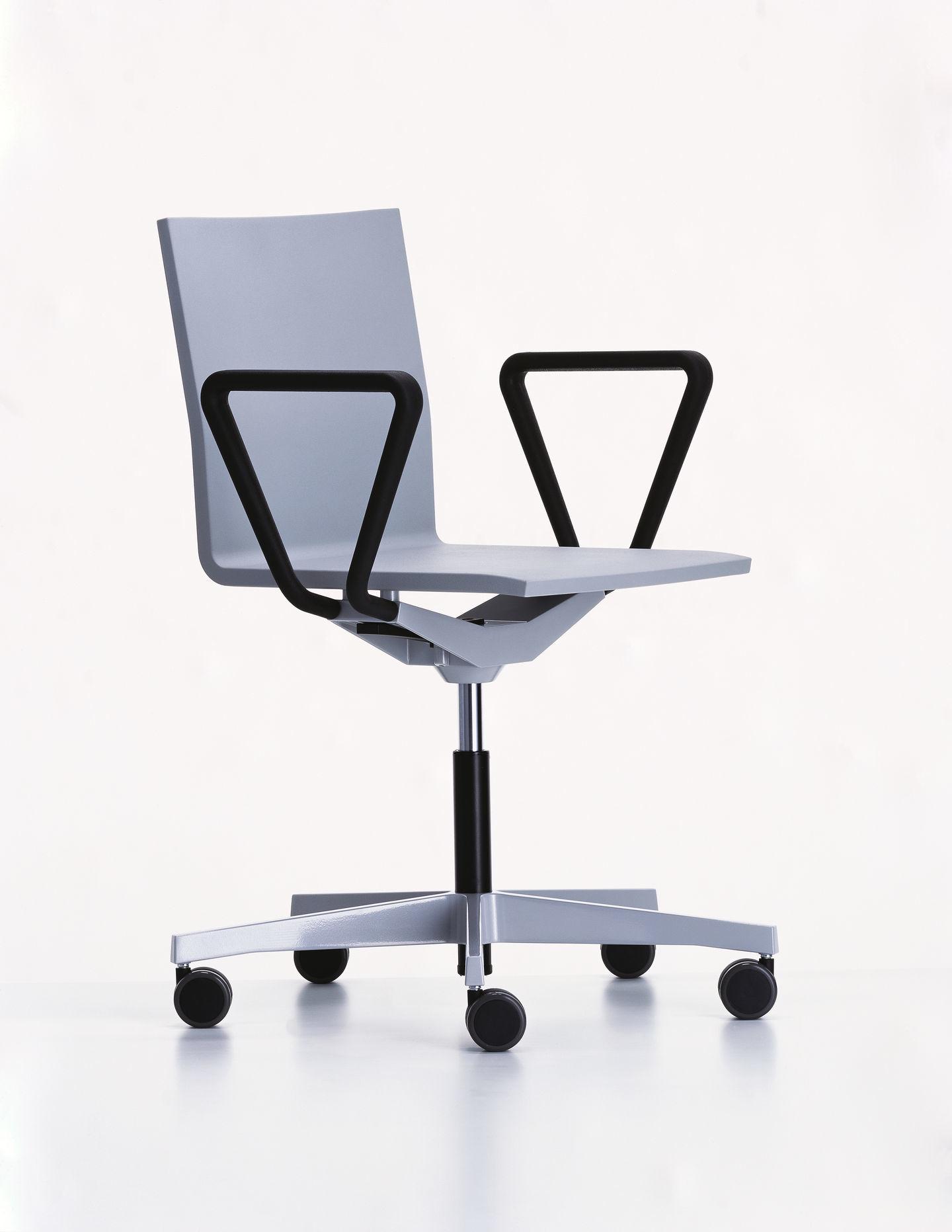 .04 Bürodrehstuhl mit Armlehne Vitra