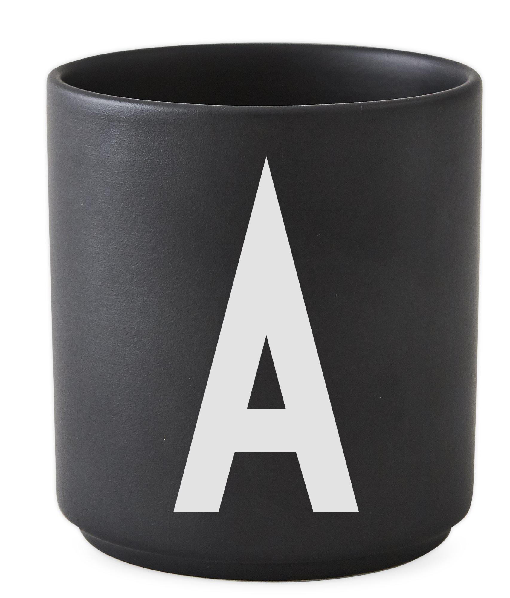 Buchstabenbecher Schwarz Design Letters