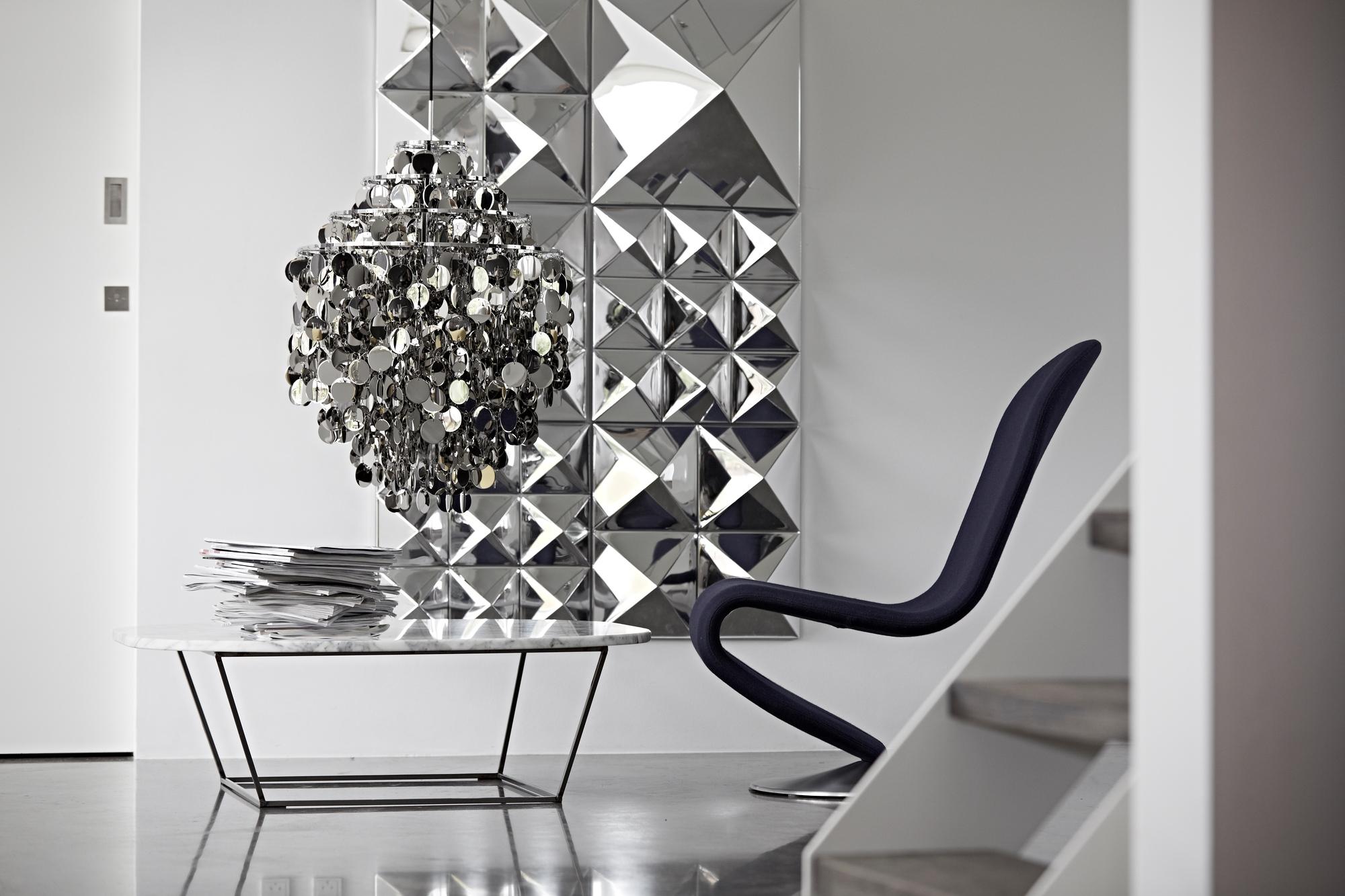 Mirror Sculptures Spiegel 4 Pyramiden Verpan
