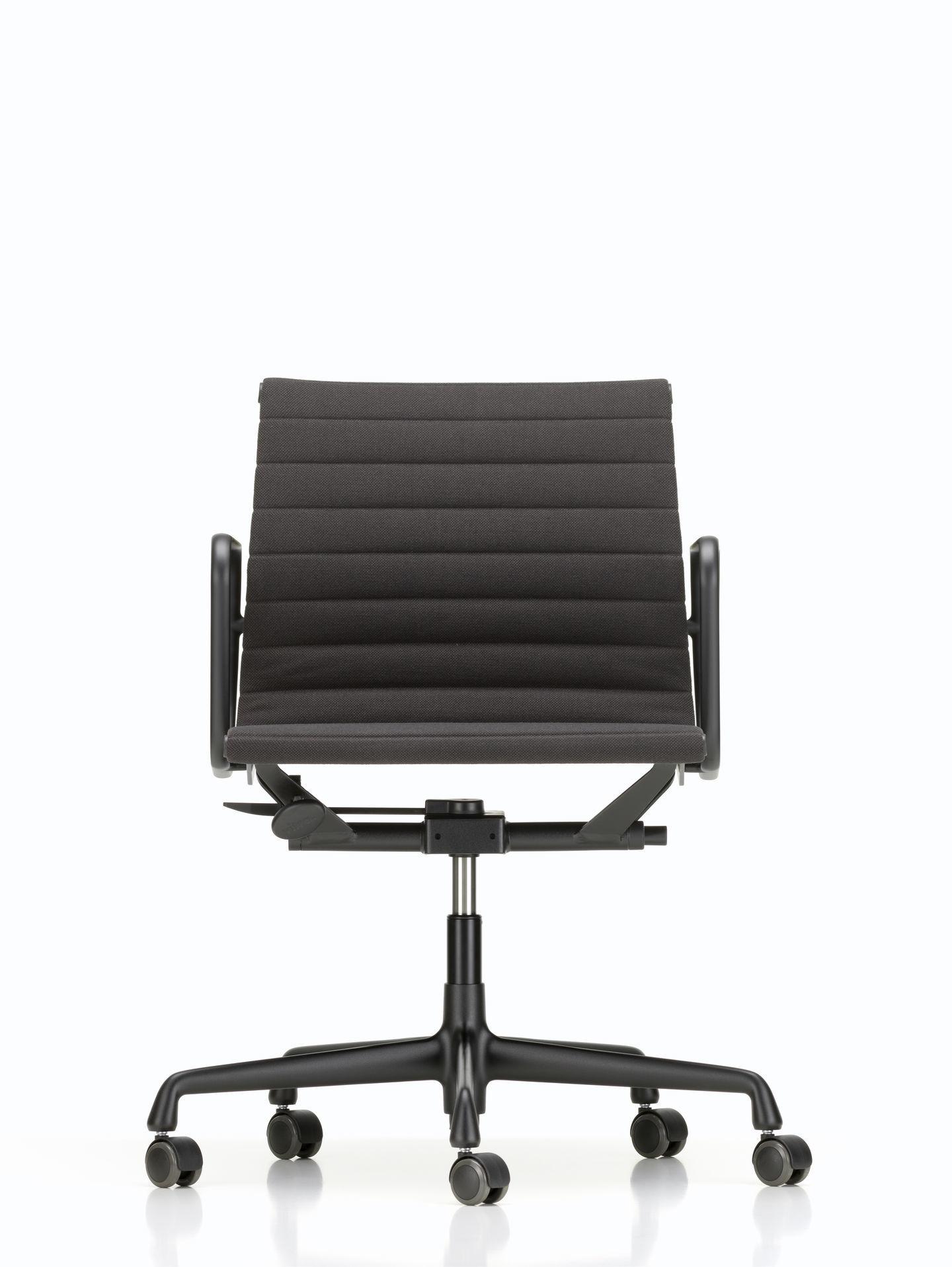 Aluminium Chair EA 117 / EA117 Stuhl Vitra