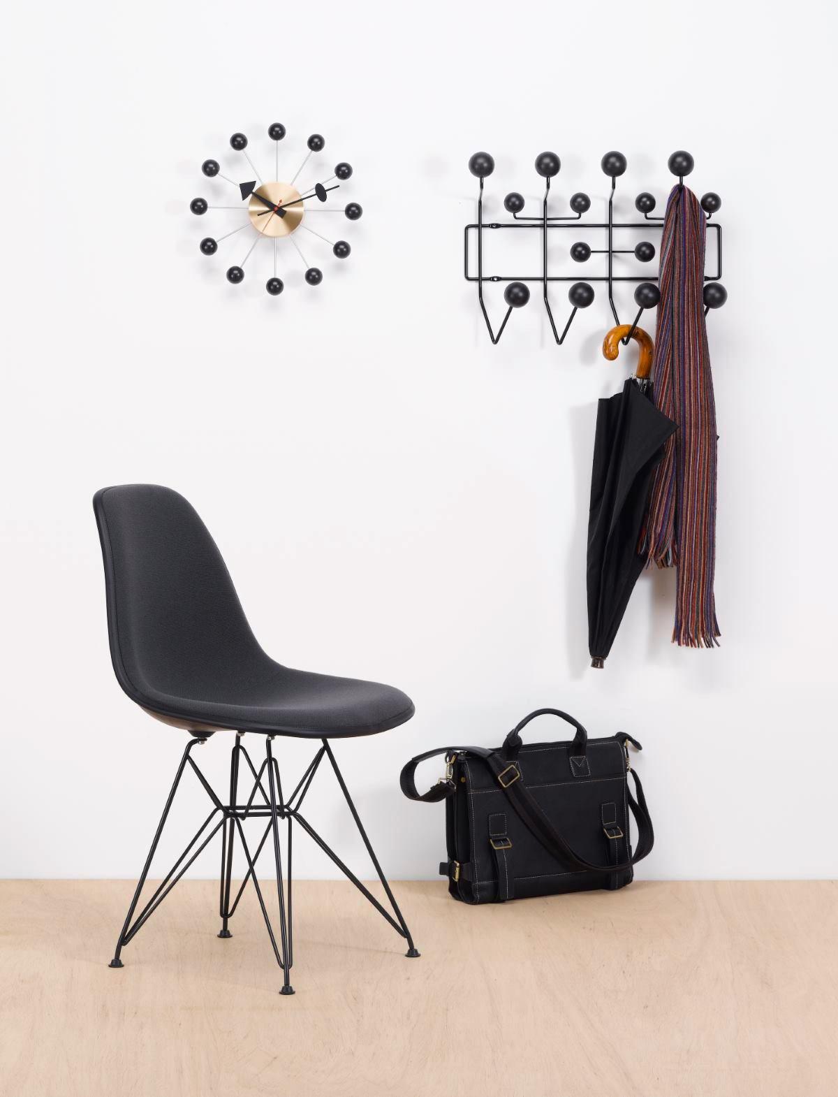 Eames Hang it all Garderobe Esche schwarz Vitra