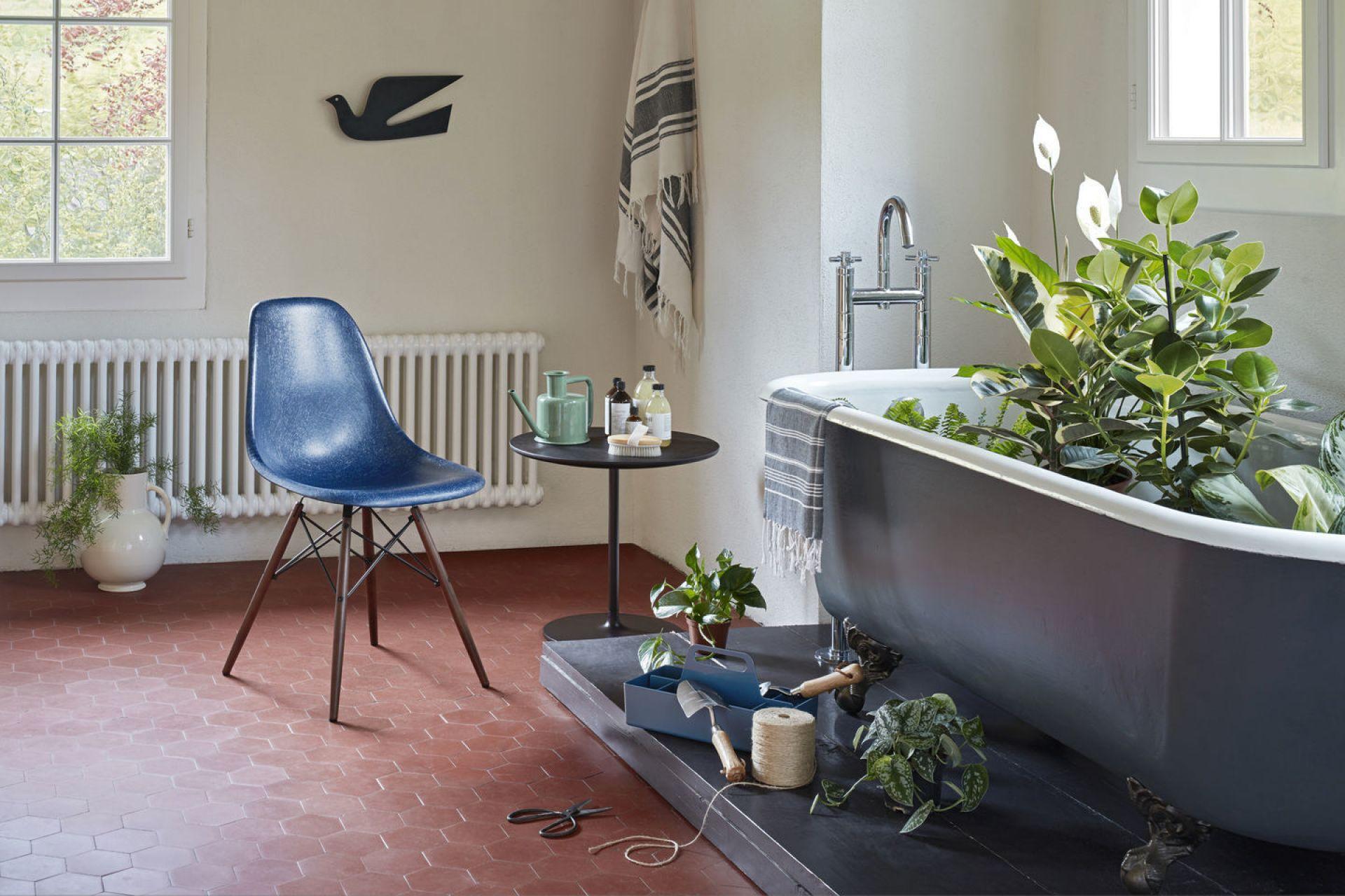 Eames Plastic Side Chair DSR Stuhl Vitra Schwarz-Granit grau