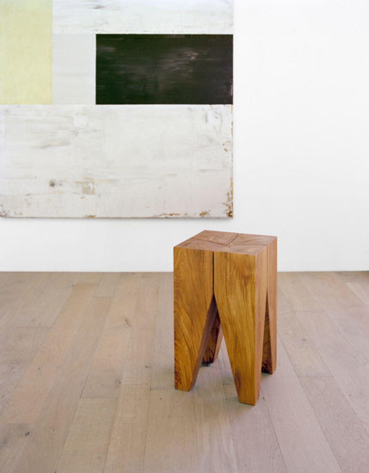 Backenzahn Hocker / Tischchen e15