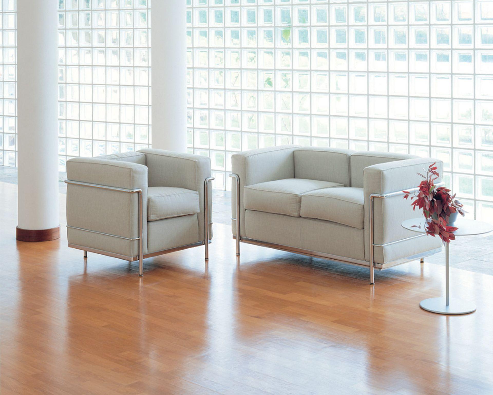 LC21 Sofa Zweisitzer Gestell Chrom Cassina