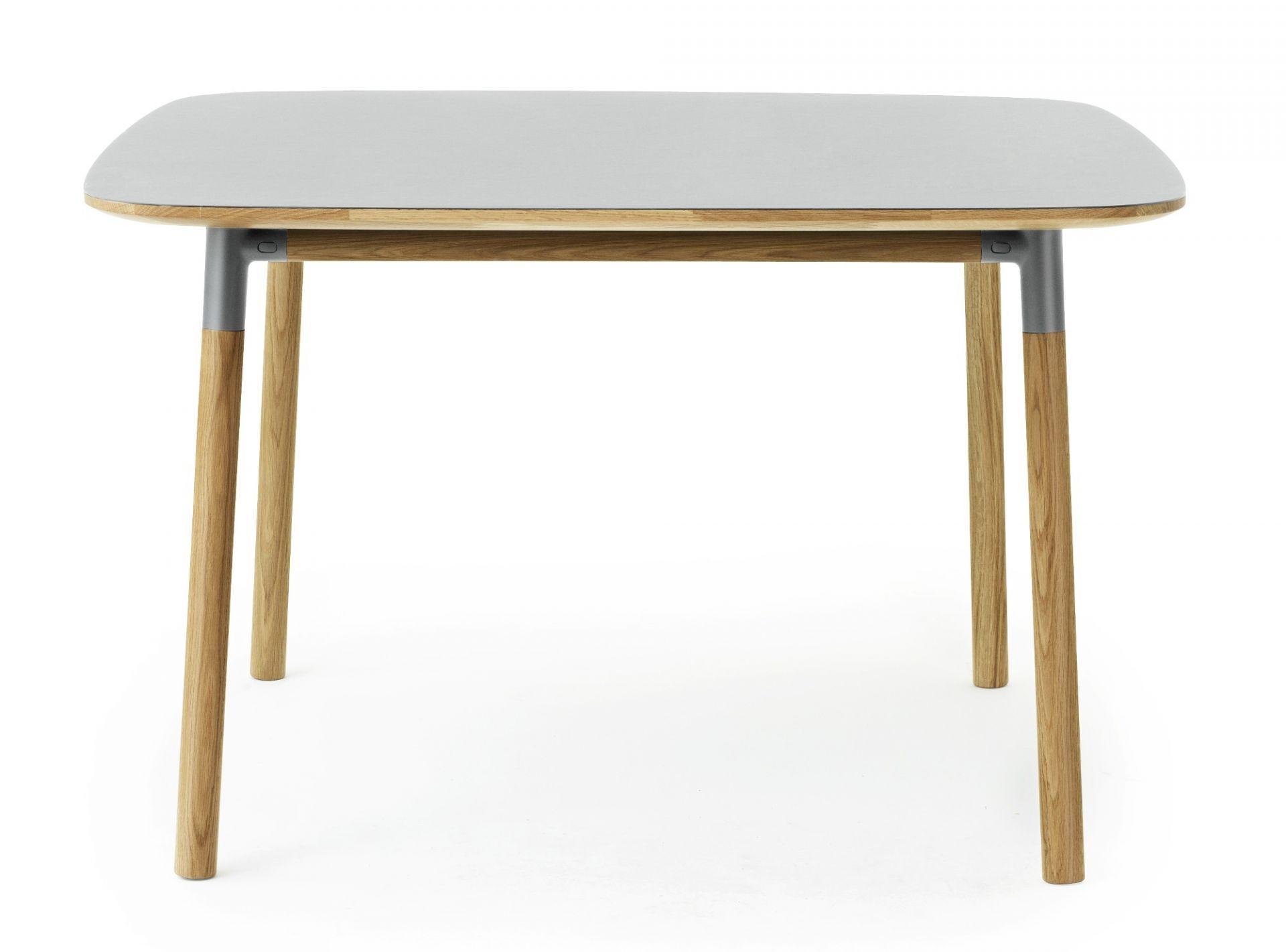 Form Tisch klein Norman Copenhagen-grau