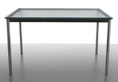 LC10-P Outdoor Tisch Cassina