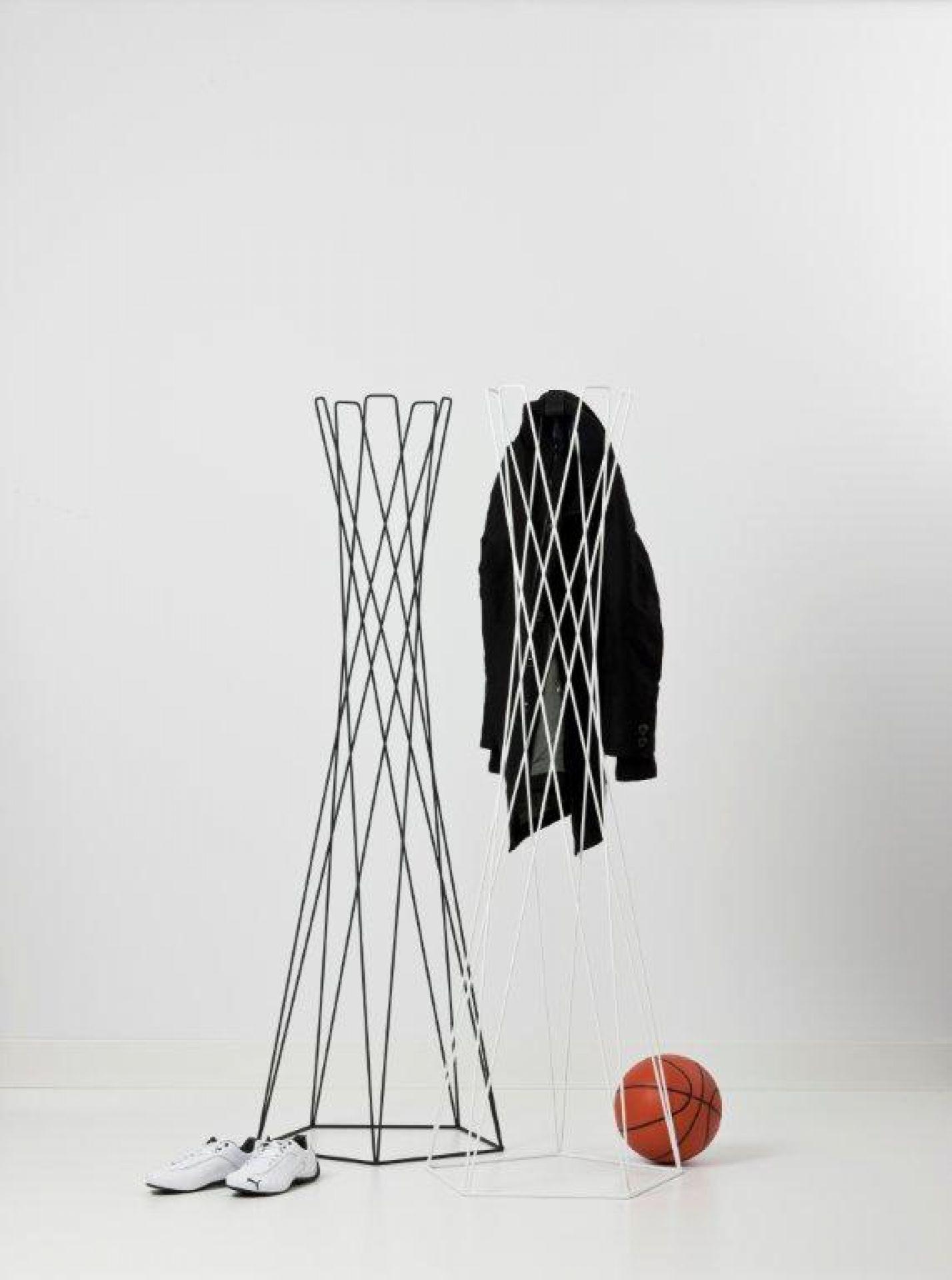 Basket Standgarderobe Cascando