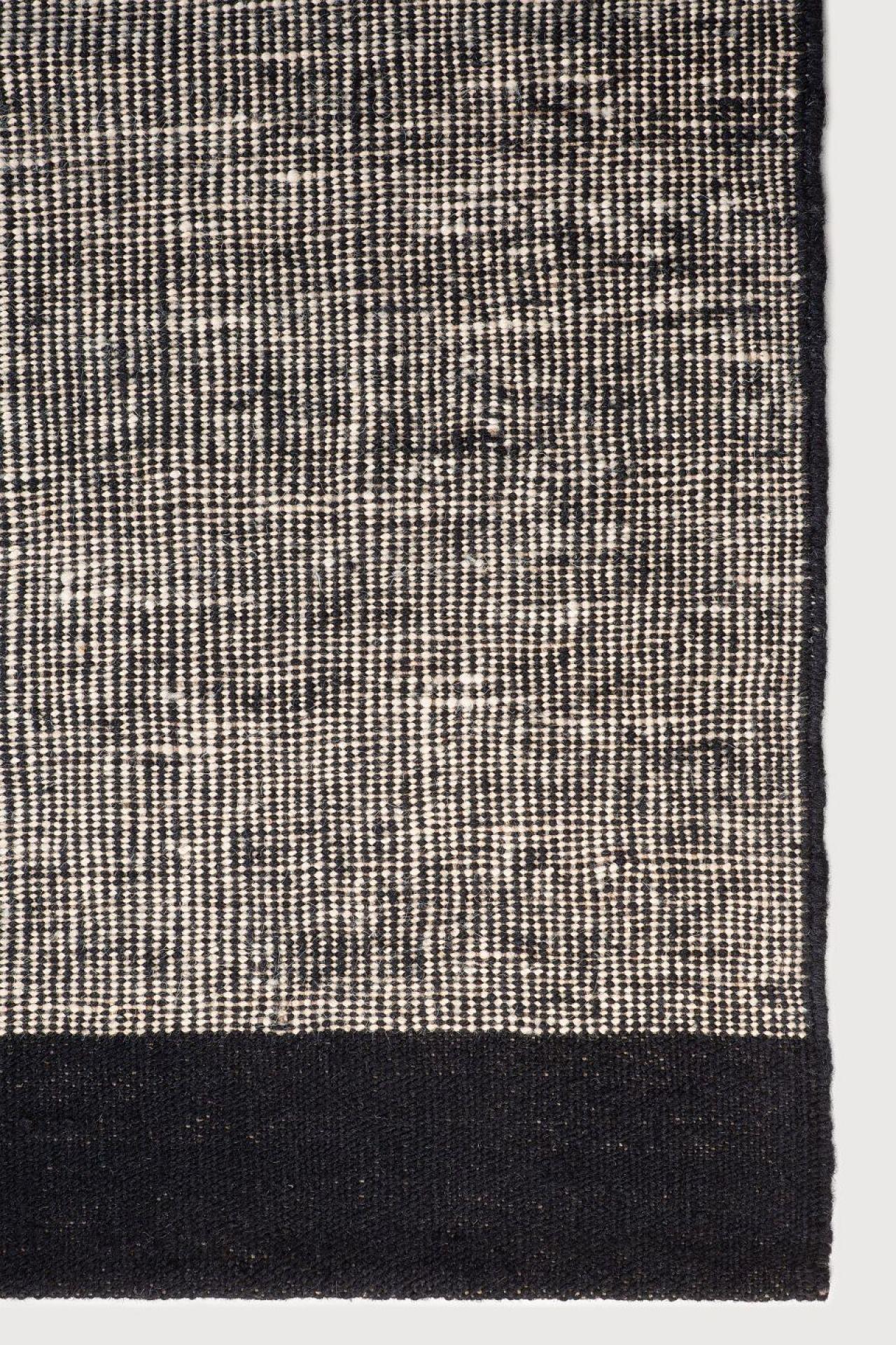 Black Dots kilim Teppich Ethnicraft