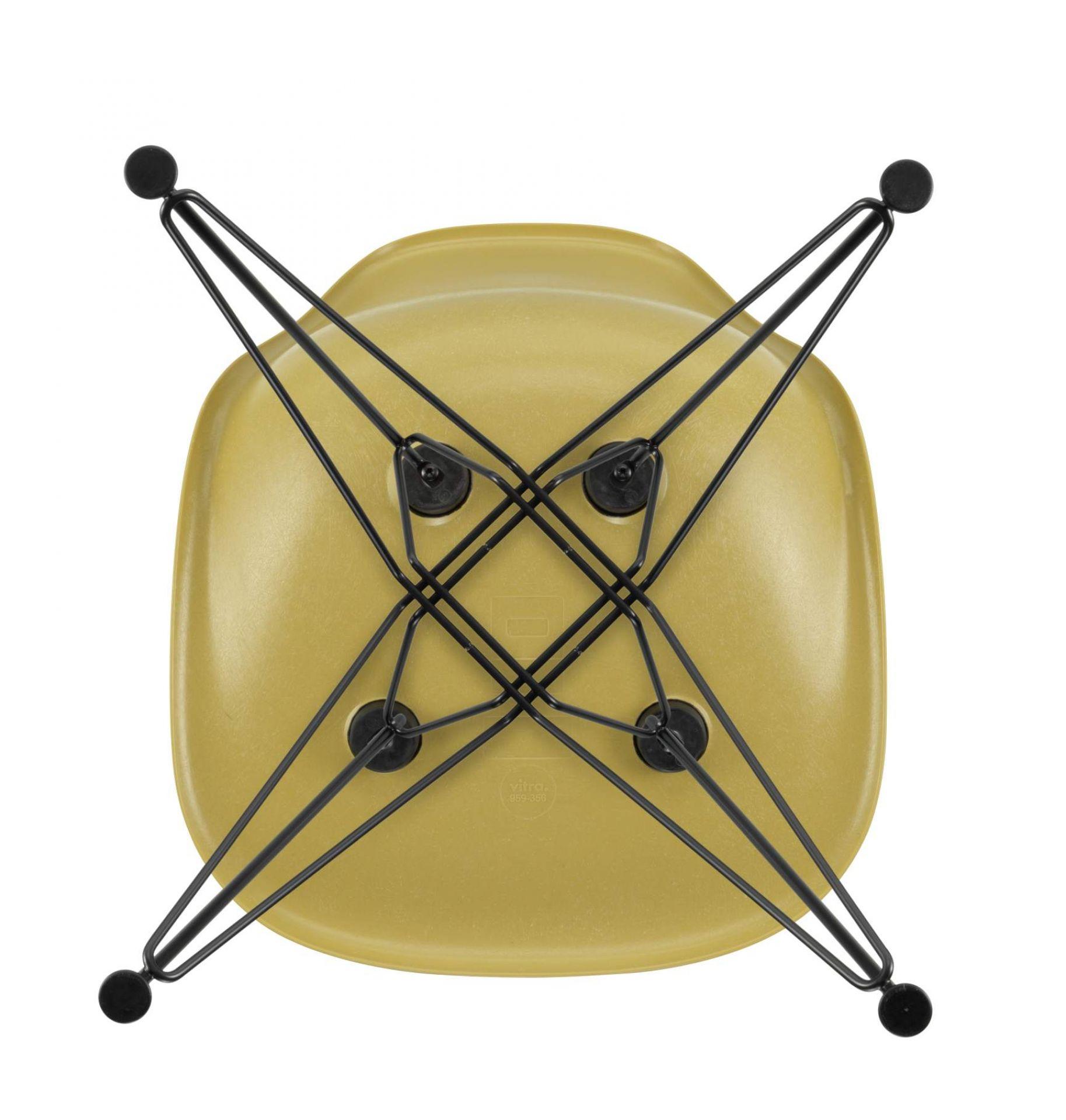 Eames Fiberglass Chair DSR Stuhl LIGHT OCHRE / BASIC DARK Vitra EINZELSTÜCK
